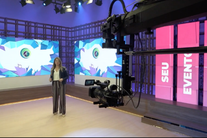 apresentação multimídia em estúdio é um dos tipos de eventos online